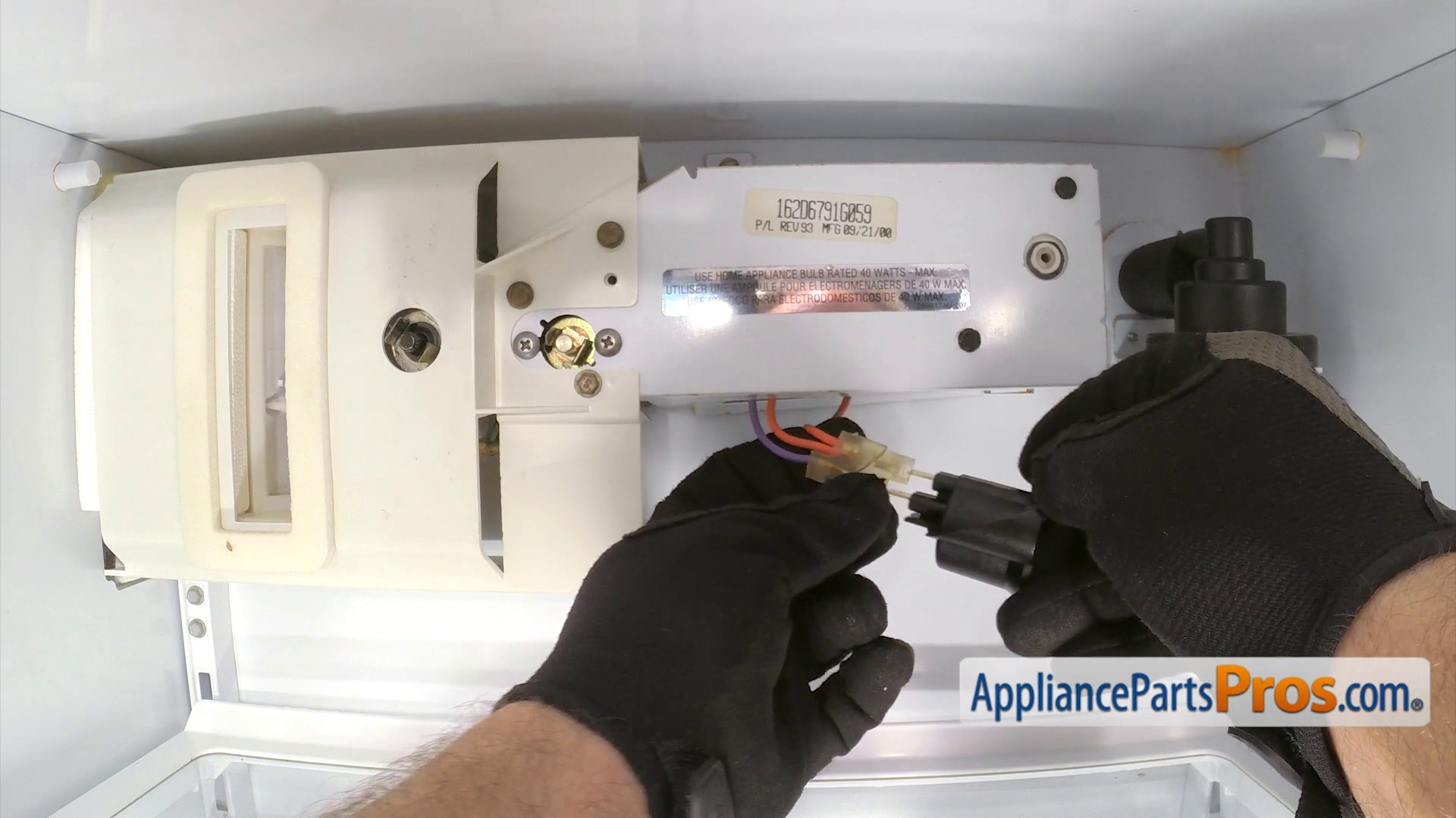 Ge Appliance Repair Kansas City Ge Wr2x9391 Light Socket Appliancepartsproscom