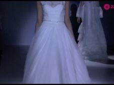 Brautkleider und Festmode von Franc Sarabia 2014 [Video]