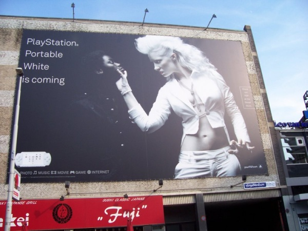sony_playstation_whiteiscoming_ad.jpg
