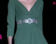Llénate de vida y elegancia con estos vestidos de fiesta en color verde: El tono que conquistará las bodas 2015