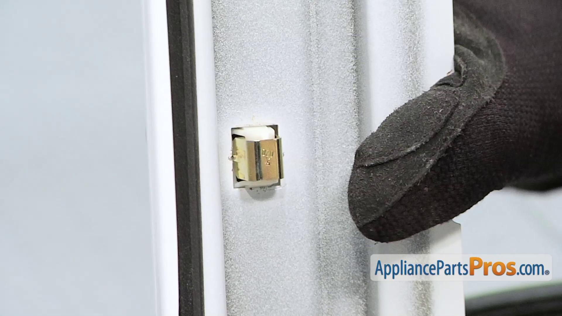 & Whirlpool LA-1003 Door Catch Kit - AppliancePartsPros.com Pezcame.Com