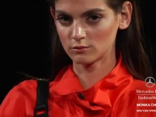 Highlights Monica Chiang Primavera-Verano 2013 en la Mercedes Benz Fashion Week [Video]