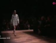 Valentino primavera 2015: Elegancia y misticismo materializados en espectaculares vestidos de fiesta